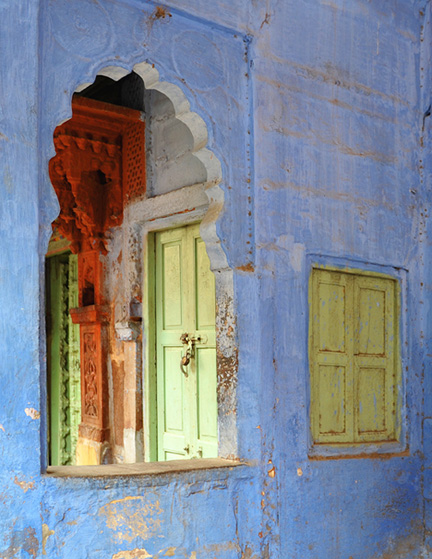 DSC_4049-blue-city-arch-and-window-810300-3