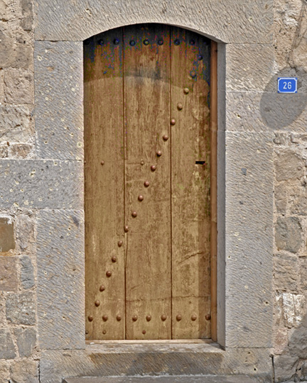 _DSC0404-door-adjusted-with-layers-810301