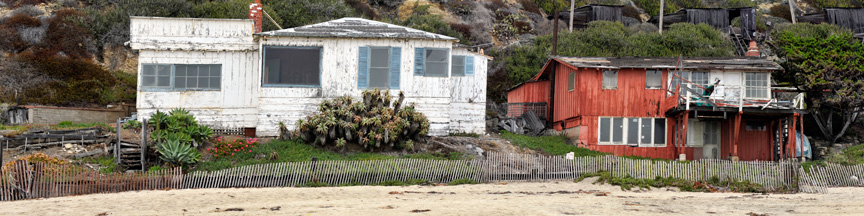 crystal-cove-panorama-two-houses-12372
